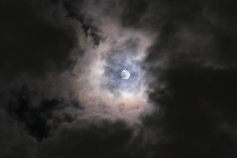 full moon LX100m2