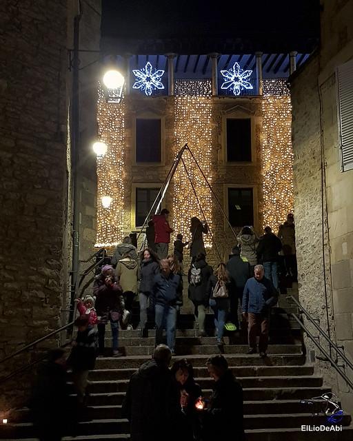 13.000 velas iluminan el Casco Viejo de Vitoria Gasteiz en la Noche de las Velas  (3)