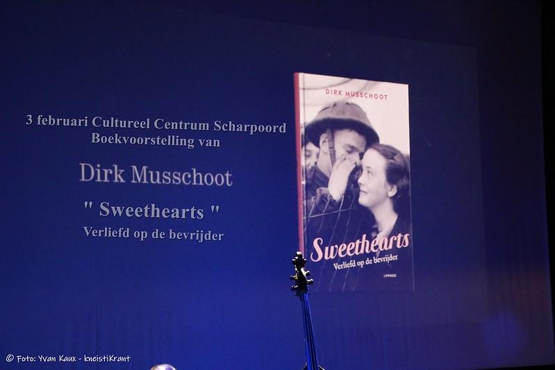"""Foto's Boekvoorstelling """"Sweethearts"""" van Dirk Musschoot"""