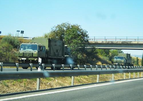CONVOY DE VEHÍCULOS DEL E.T. (SPANISH ARMY)