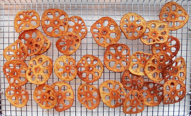 Zelf lotuswortel chips maken
