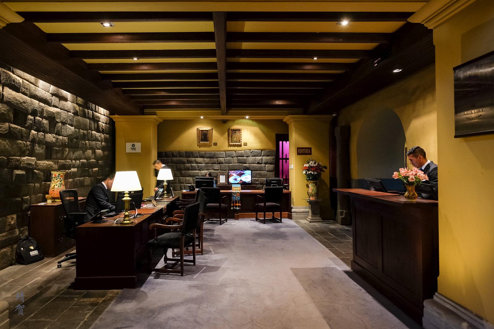 Concierge and tour desk