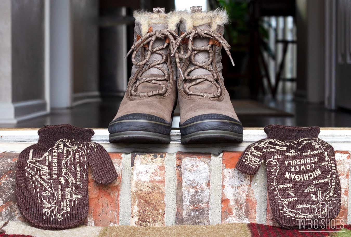 Getting Cozy At Home With Michigan Mittens (via Wading in Big Shoes)