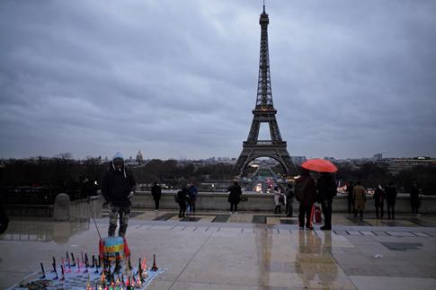 19a29 Trocadero Torre Eiffel_0019 variante Uti 485