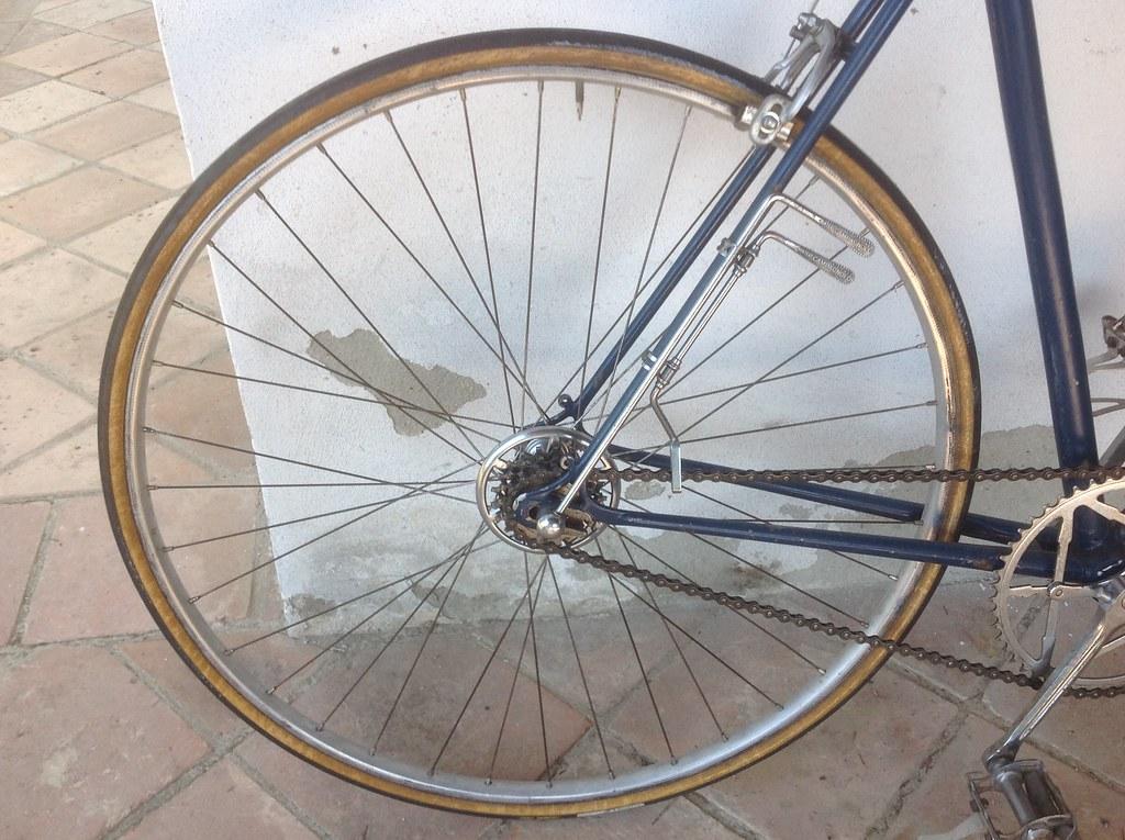 Bicicletta d'epoca da corsa marca Marco Giuntelli - fine '48 inizio '49 - cambio Campagnolo stecchetto