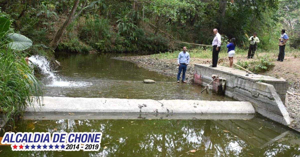 Trabajo conjunto para mitigar emergencia por falta de agua en Convento