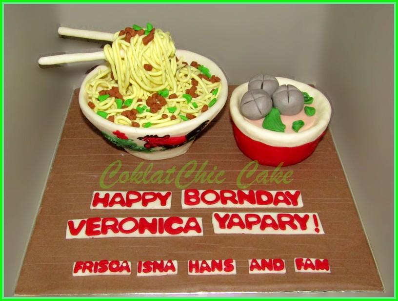 Cake Mie baso VERONICA 15 cm