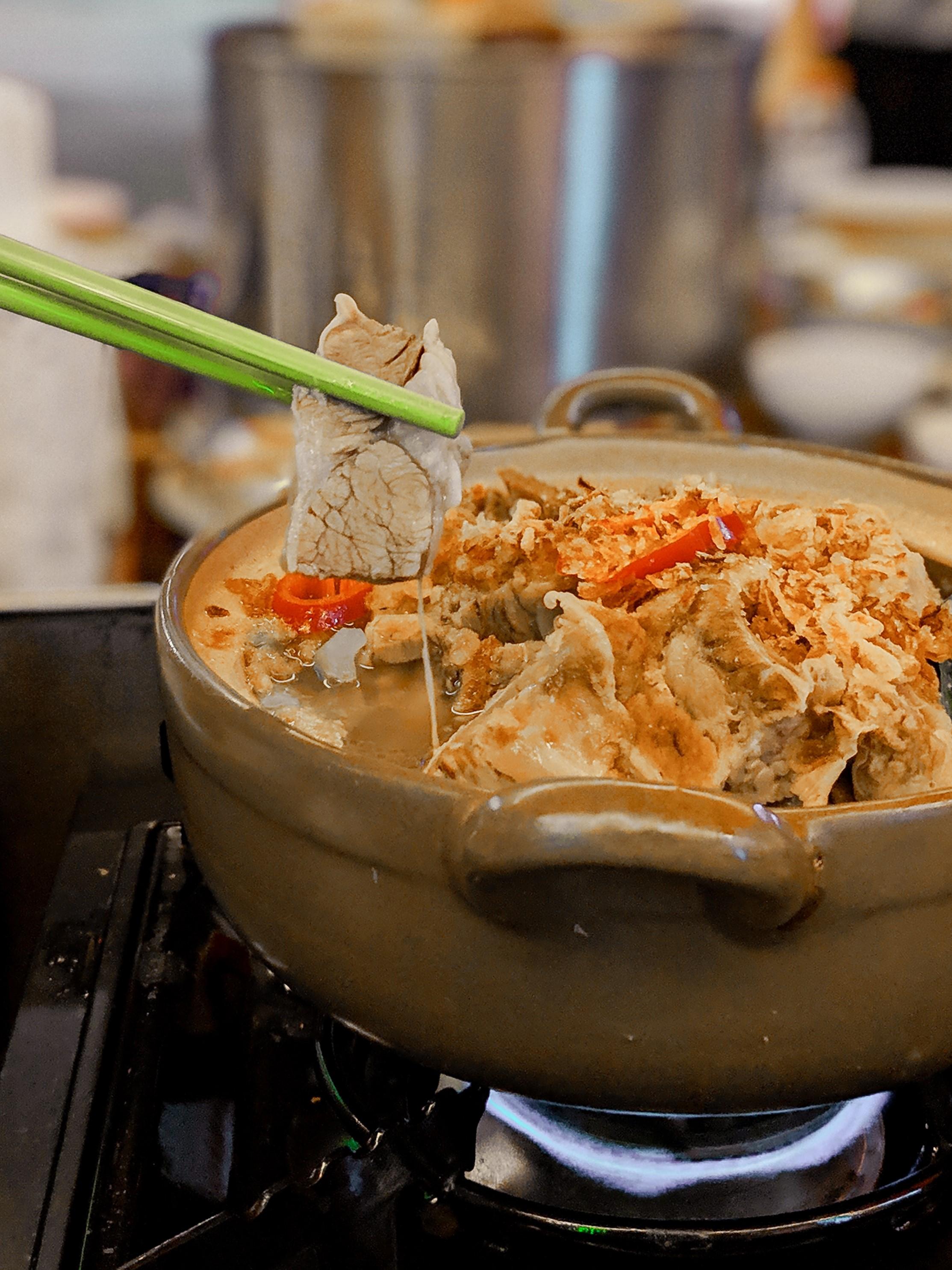 6.Lei Ka Choi Hot Pot at Broadway Macao Hot Pot sensation