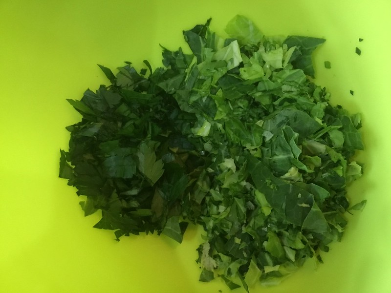 Chopped parsley and cabbage