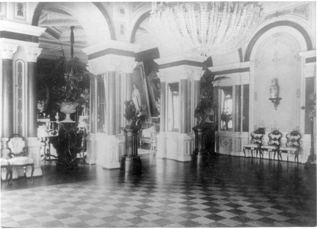 Усадьба «Гостилицы». Интерьеры дворца (4)
