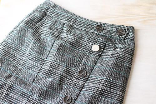 doclasseドゥクラッセ ツイード調・Aラインスカート1
