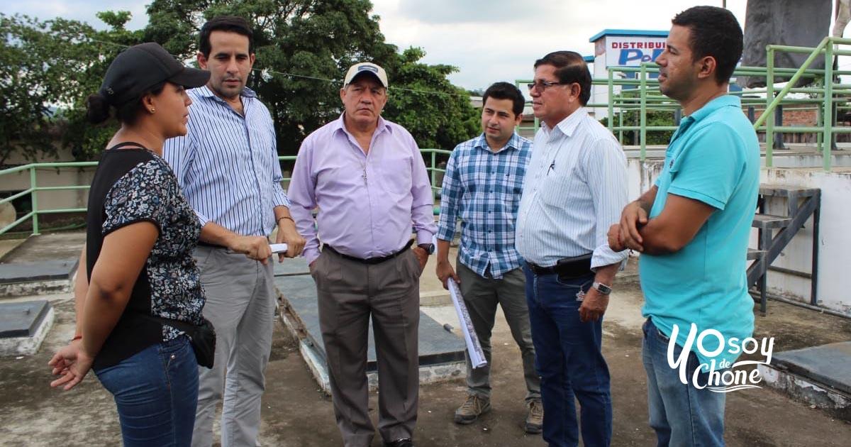 Inspección junto a funcionarios de la secretaría Técnica de la Reconstrucción