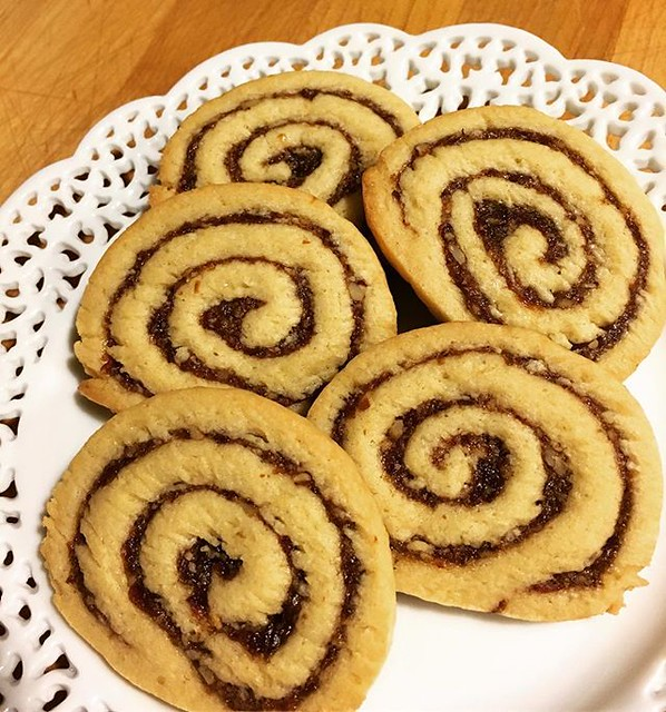 Pinwheel cookies. Date, raisin, pecan filling. 🌀🌀🌀🌀🌀 #christmascookies #cookies #pinwheelcookies #baking #datepinwheelcookies