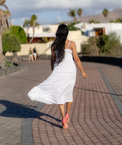 The wind and my dress