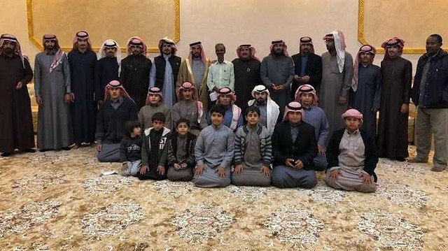 4825 Saudi Family bids a lavish farewell to their Indian Worker for 35 years of service 01