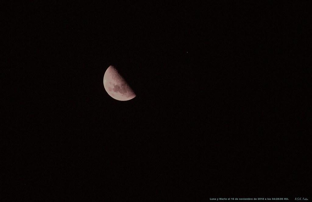 Conjunción Luna Marte.