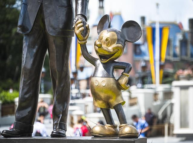 Mickey Monument Walt Disney, Fujifilm X-T2, XF50-140mmF2.8 R LM OIS WR