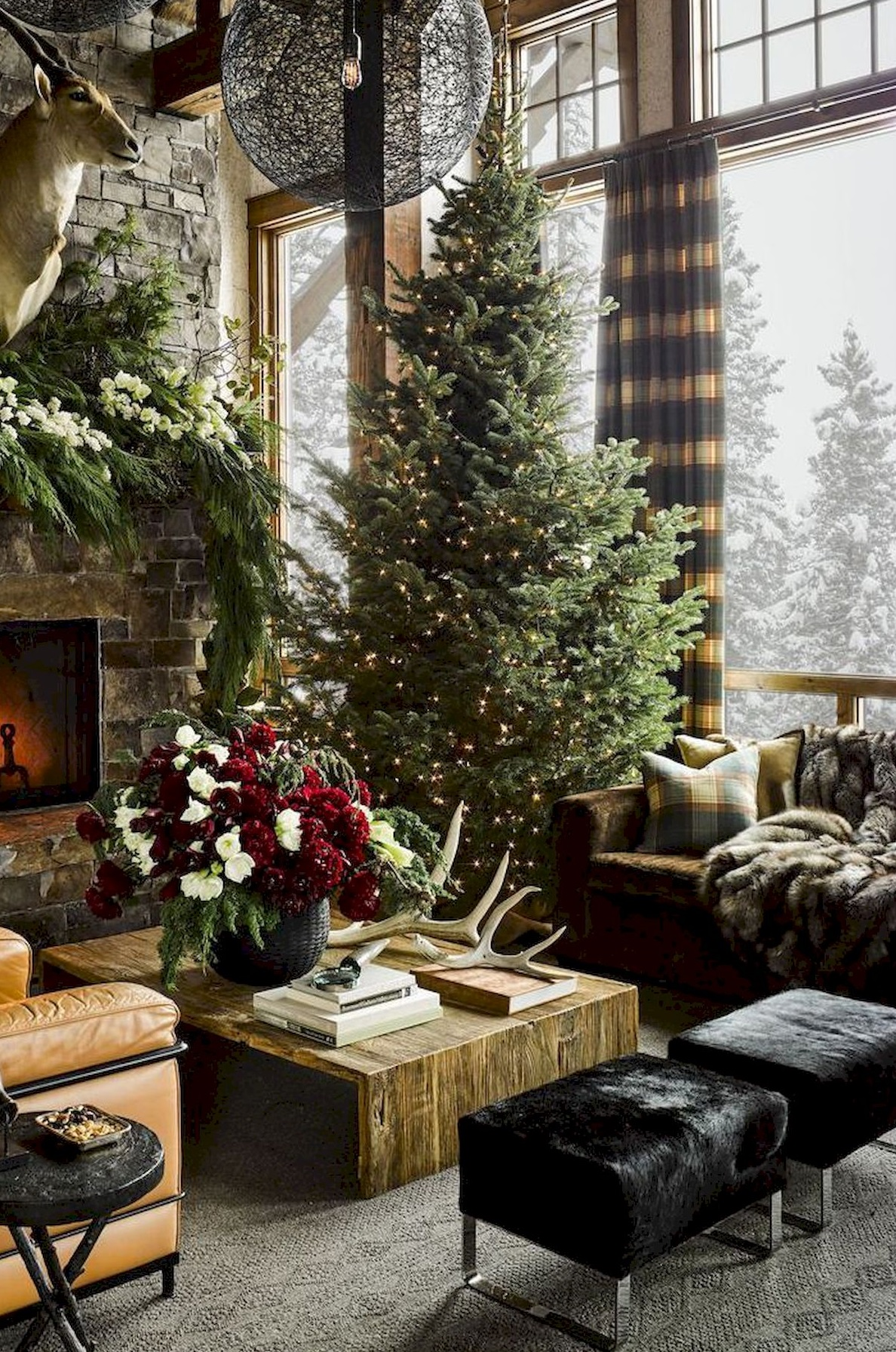 10 Ways to Decorate Your Christmas Tree - Christmas Tree Just Lights