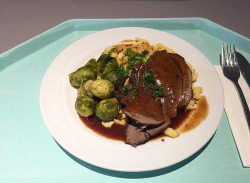 Braised haunch of venison with brussels sprouts & spaetzle / Geschmorte Hirschkeule mit Rosenkohl & Spätzle
