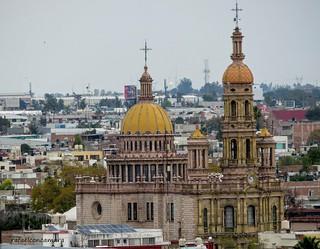 El templo de San Antonio es un monumento y obra maestra religiosa, localizado en el centro histórico de la Ciudad de Aguascalientes, en el estado del mismo nombre, diseñado y construido por el arquitecto práctico autodidacta Refugio Reyes Rivas. Su constr