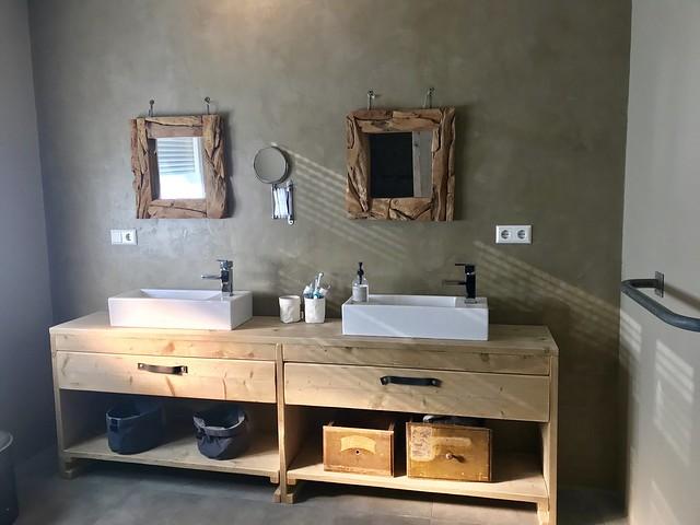Badkamer beton cire
