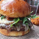 BURGER NIGHT :rotating_light: ~ $10 @aquidneck_farms Burger & @gansettbeer Tallboy   This & Every Thursday! Come See Us Before @provpacri   Kitchen Open Till 10pm ~ Bar Late • • • • #eater #thrillist #truecooks #rogueisland #aquidneckfarm #gansett #burger