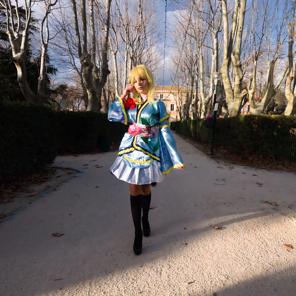 related image - Shooting Love Live - Eli Ayase - Pika Cosplay - Plan d'Eau de La Garde -2018-12-09- P1444292