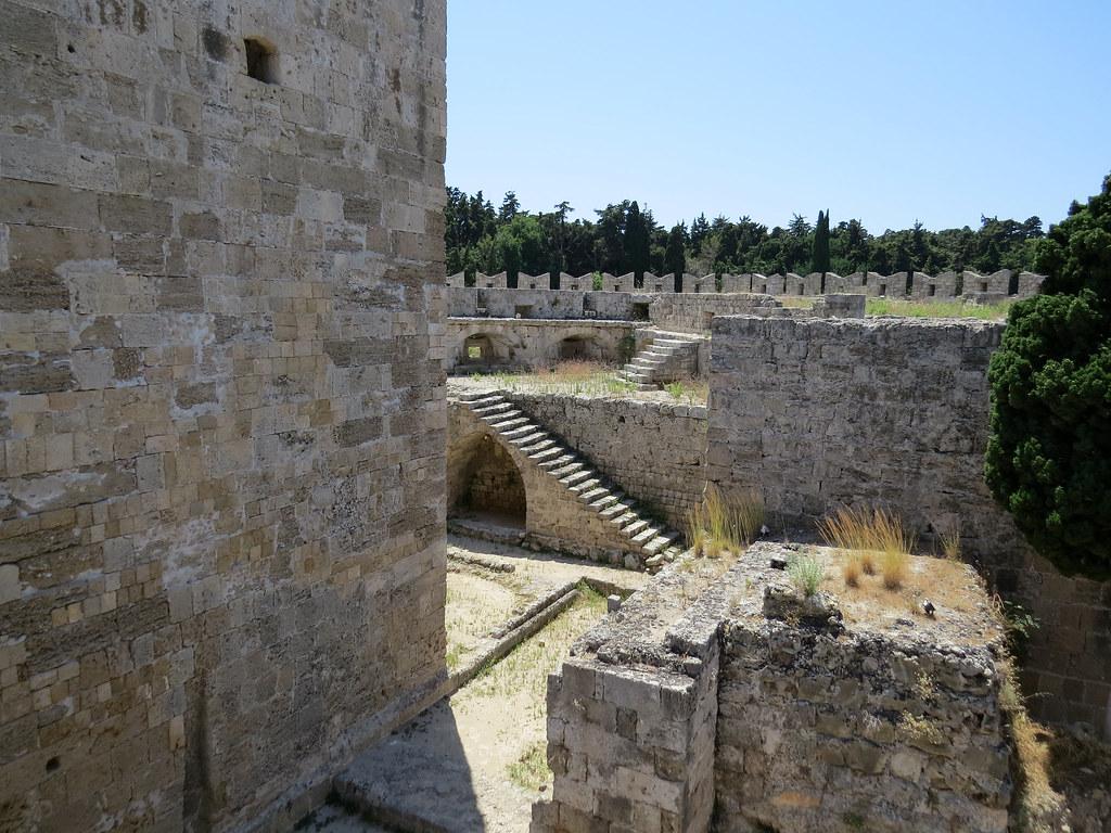 Бастион святого Георгия внутри