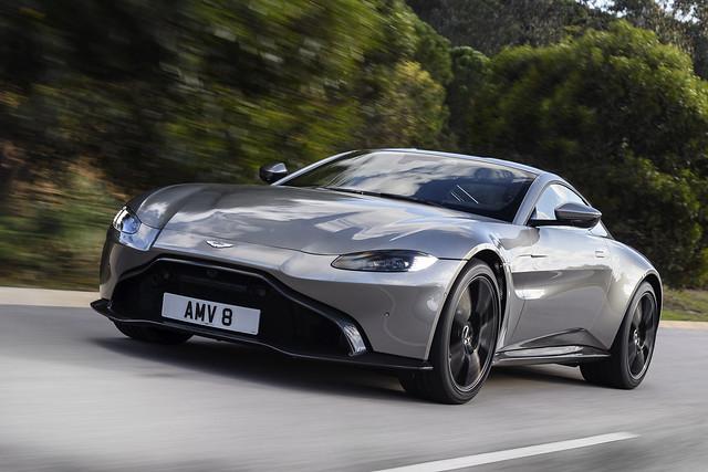 Comprar Aston Martin Vantage