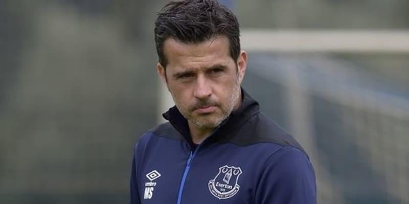 Silva: Everton tidak takut Liverpool di Anfield