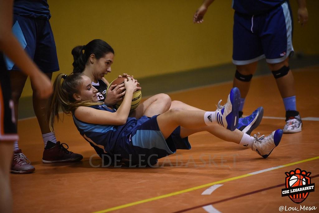 24/11/2018.- Junior Negro Femenino vs Baloncesto Daganzo