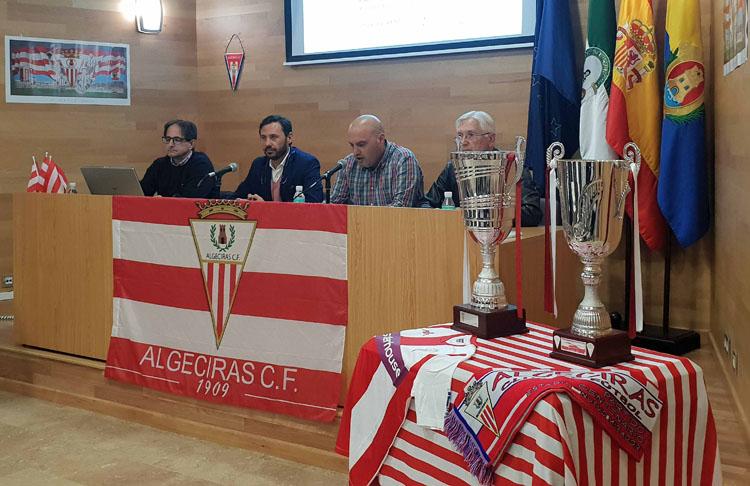 """Celebrada la conferencia sobre """"Los Orígenes del Fútbol en Algeciras"""""""