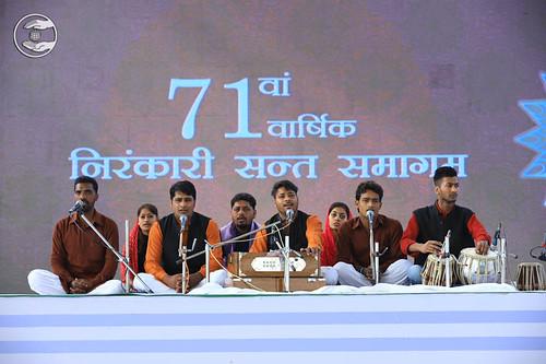Hardev Bani Shabad in Hindi by Sonupreet and Sath, Mansa, PB