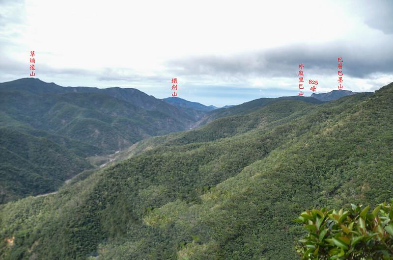 茶留凡山山頂面向西邊展望 1-1