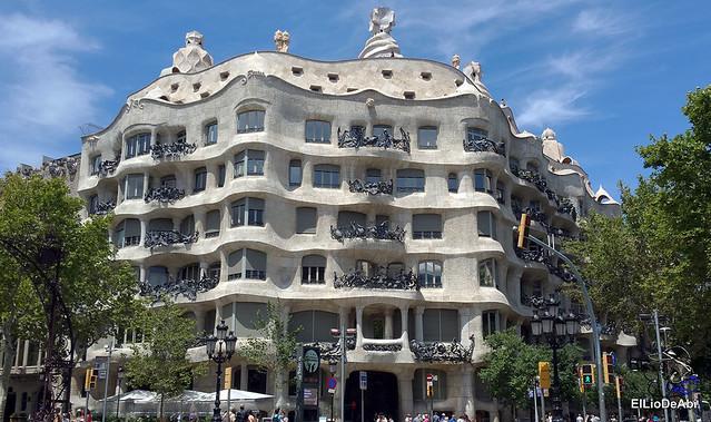 13 lugares imprescindibles que ver en Barcelona y 3 más  (4)