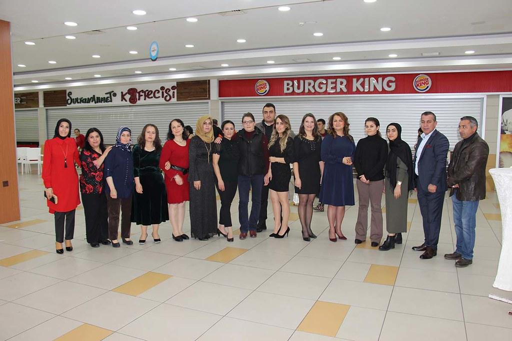 Alanyum 'Mağazacılar Günü'nü kutladı