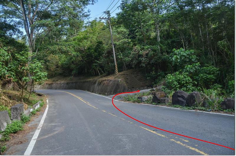 大水坑山產道岔路