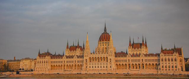 Budapest Sunset., Nikon D40X, AF-S DX VR Zoom-Nikkor 18-105mm f/3.5-5.6G ED
