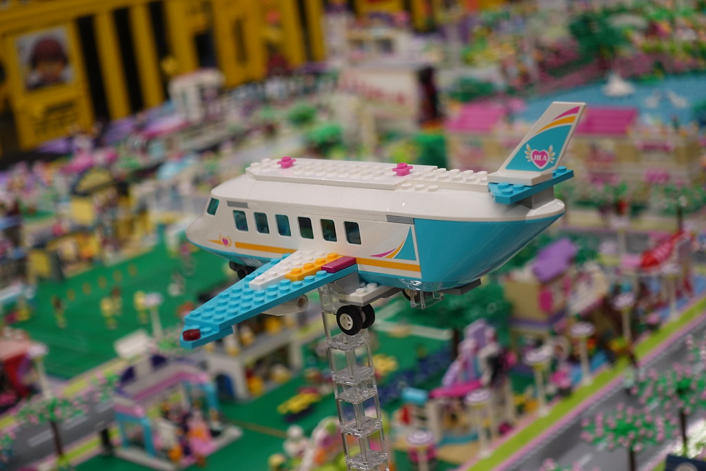 Heartlake City at LEGO Fanwelt 2018 by Andy (MBFR e.V.) – 786,432 elements (since 2012)