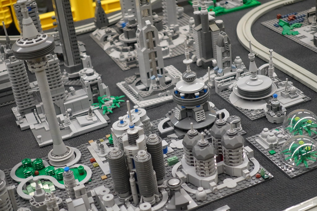 Microscale City (by Legoist)