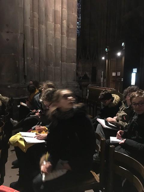 Visite De La Cathédrale Par Les 5d