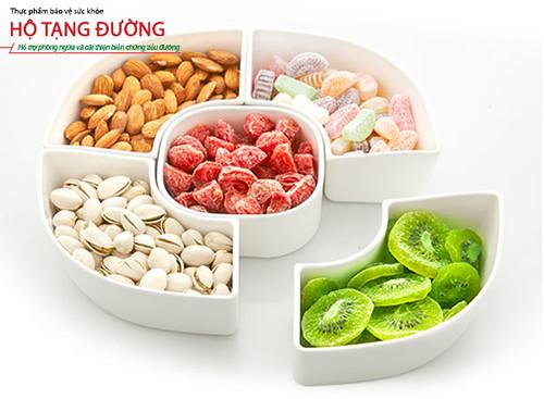 Người bệnh nên ăn các loại hạt thay vì kẹo, mứt, nho khô, hoa quả sấy…