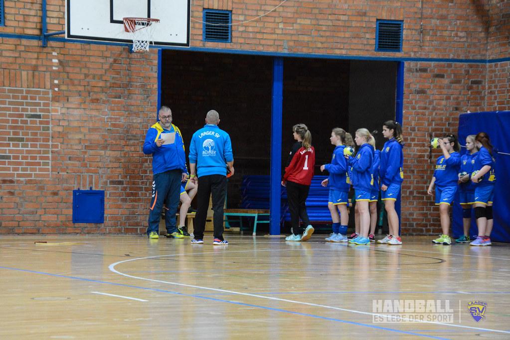 20181208 SV Warnemünde - Laager SV 03 Handball wJD (18).jpg