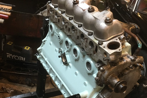 """Land Rover 109"""" Series II A 6 Cylinder: Full Reconstruction"""