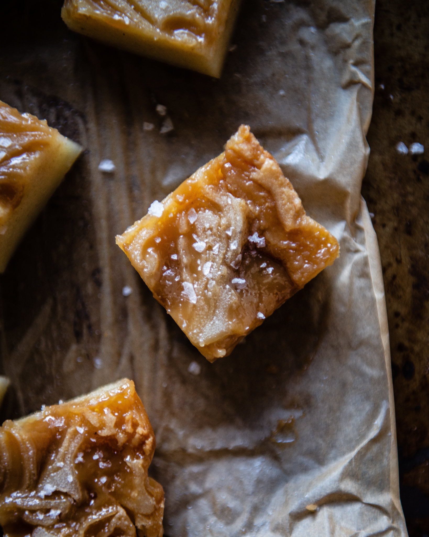 butterscotch mochi bars | two red bowls