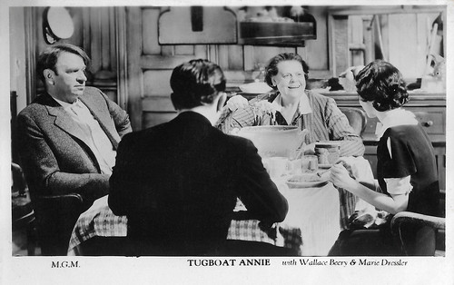 Wallace Beery and Marie Dressler in Tugboat Annie (1933)