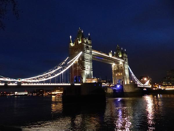 tour de Londres la nuit 2