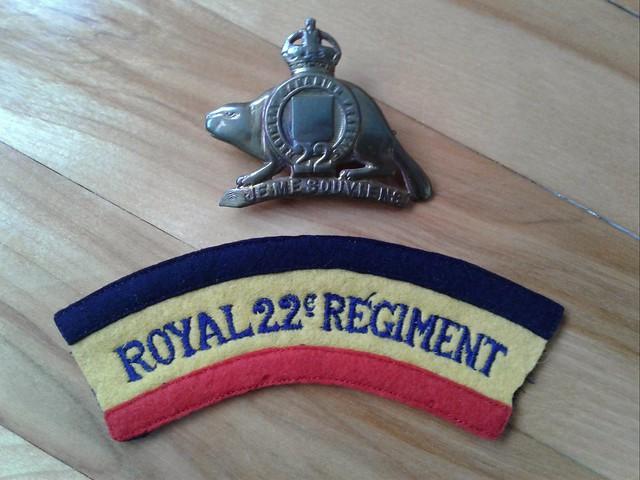 R 22e R shoulder patch 32470848308_be94c1191b_z