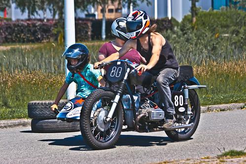 Family Racing ... (8482)