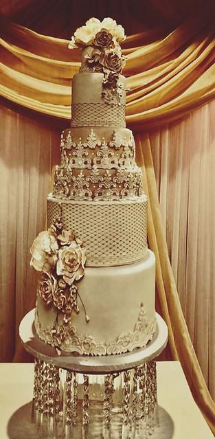Cake by Zina's Cakes